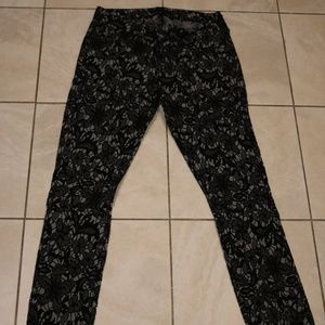 7 FOR ALL MANKIND -SZ 26- $198 black lace